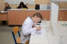 Chemik eksperymentuje